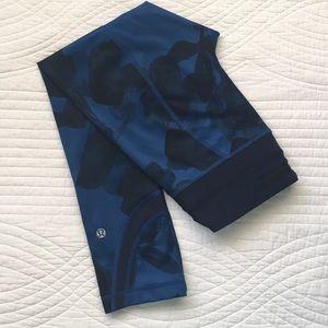 Lululemon Run Inspire II Crop Jumbo Ink Blue 2